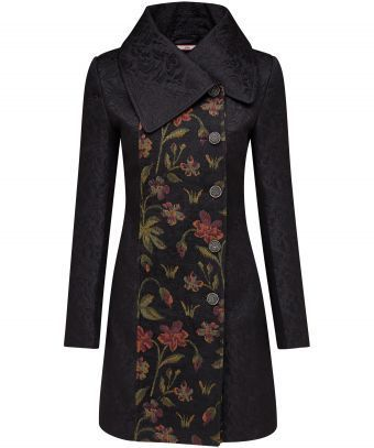 We're bringing you a textured black coat with something a little different. A front jacquard tapestry gives this coat a true wow-factor. With a large statement collar, it's perfect for a special occasion. Approx Length: 90cm Our model is: 5'7""