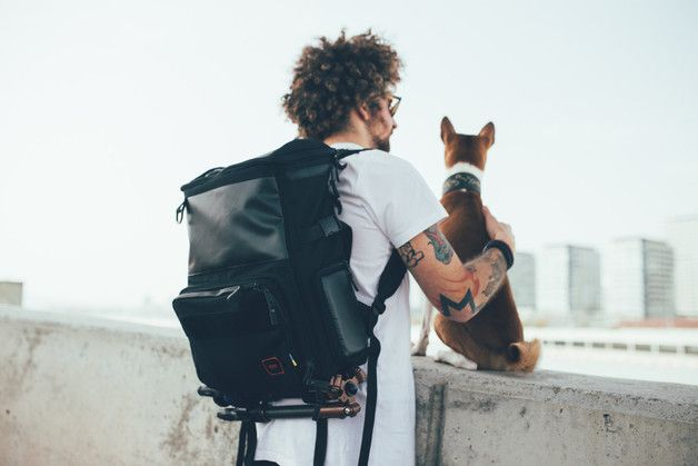 Backpacks – Black Dslr Camera Backpack with Laptop Compartment – a unique product by GUDbags on DaWanda