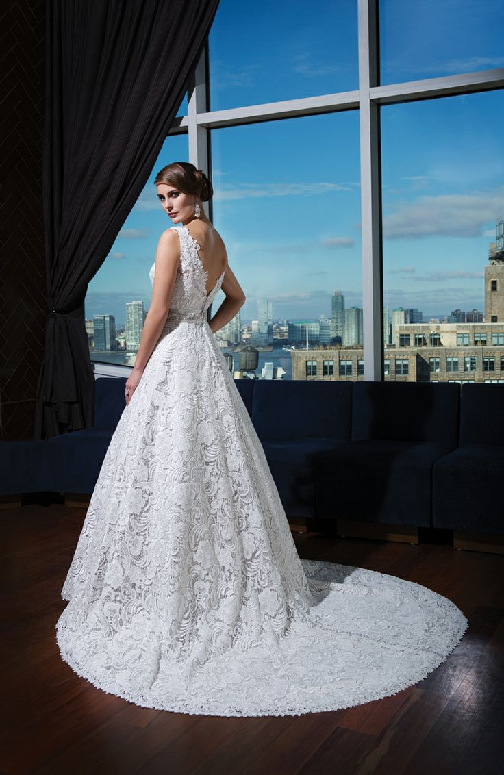 207 best Wedding Gowns images on Pinterest   Homecoming dresses ...