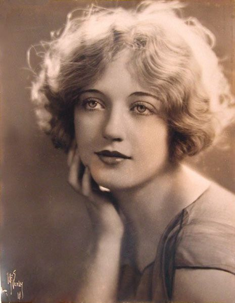 Marion Davies <3 1920's - the hair!