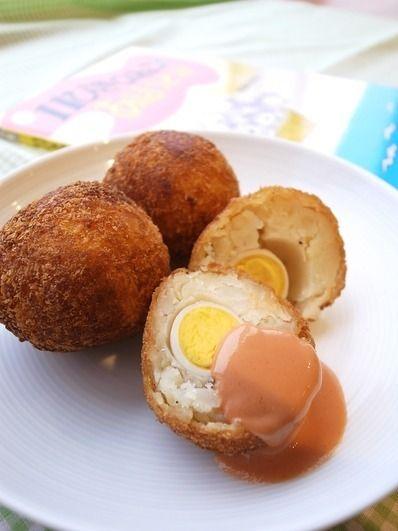 あほうどりもびっくり!うずらの卵入りコロッケ 11ぴきのねこと ... うずらの卵入りコロッケ 11ぴきのねことあほうどり アナザー