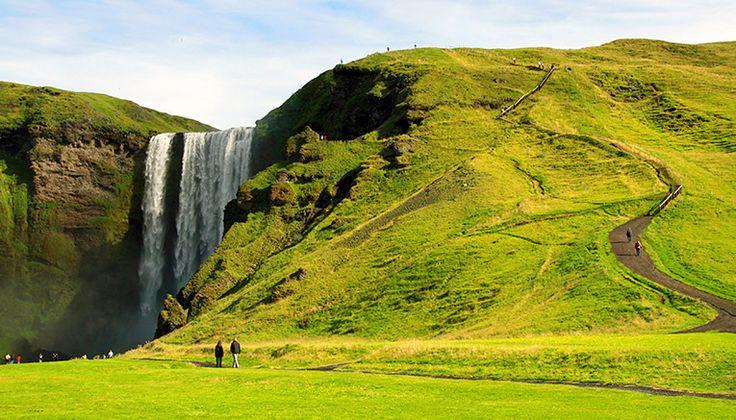 Izland az egyik legaktívabb vulkánikus terület az egész világon. Izland…