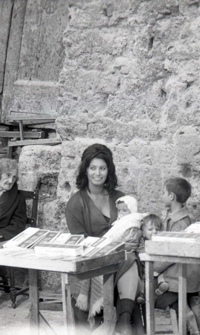Sophia Loren with Her Children, Italy