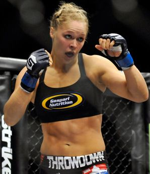 As Rousey savors MMA's limelight, Kaufman quietly preps for title tilt