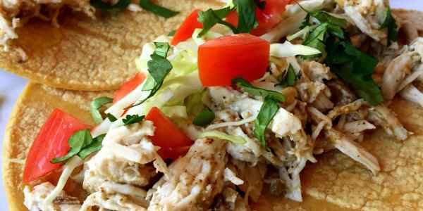 Slow Cooker Salsa Verde Chicken — thewarriorwife.com blog
