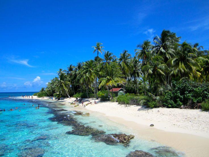 Johnny Cay, una pequeña isla junto a San Andrés, en el Caribe. Un lugar de ensueño.
