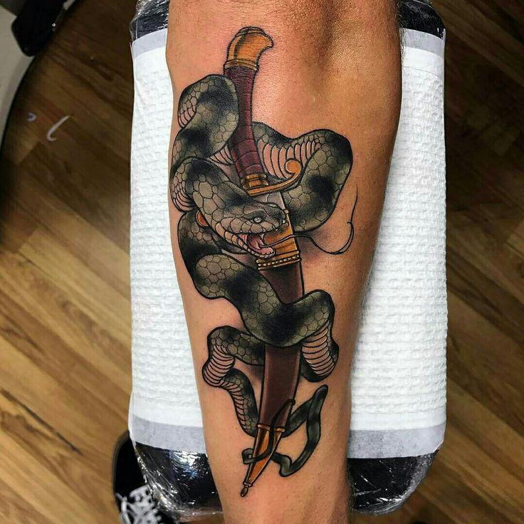 Tattoo done by: Alexander Masom #snake #snaketattoo #serpiente #daga
