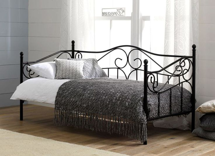 25 Best Ideas About Day Bed On Pinterest Day Bed Sofa