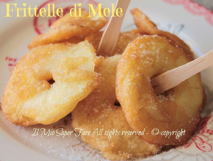 Frittelle di mele ricetta senza uova e latte:facile e veloce. Le frittelle di mele sono tipiche Trentino Alto Adige, molto apprezzate dai bimbi per il lor