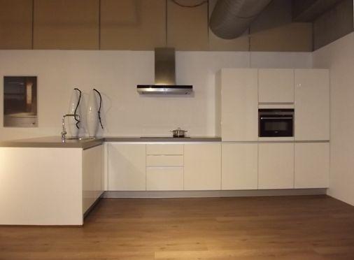 Keuken Schiereiland Met Bar : Meer dan 1000 idee?n over Keuken Schiereiland op Pinterest – Keukens