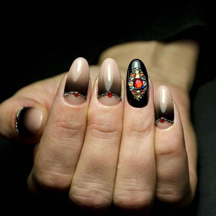 Аэрография на ногтях, хочешь научиться? Приходи на курс 15марта#блики #близкоккутикуле #гельлакблизкоккутикуле #выравнивание #обучение #курсыманикюр #обучениеднепр #обучениеманикюр #курсыднепр #наращиваниеногтей #акрил #гель