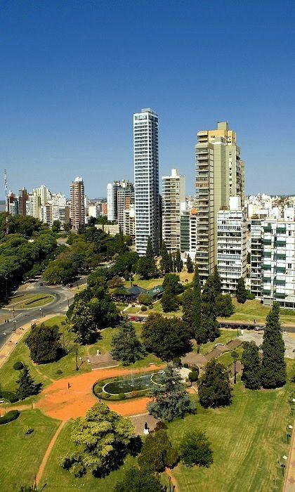 Rosario (Santa Fe) , Argentina , se emplaza a orillas del rio Parana . Es considerada la segunda ciudad en importancia , despues de Buenos Aires . . .  @swami1951