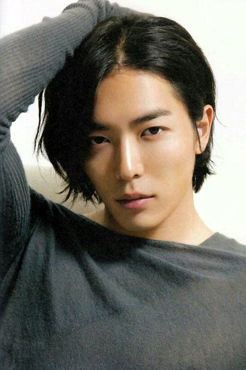 Kim Jae-wook as No Sun-ki (waffle chef at Coffee Prince)