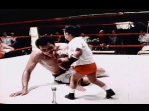 Muhammad Ali Boxing Little Kid - Funniest Ali Ever - Boxing Hall of Fame