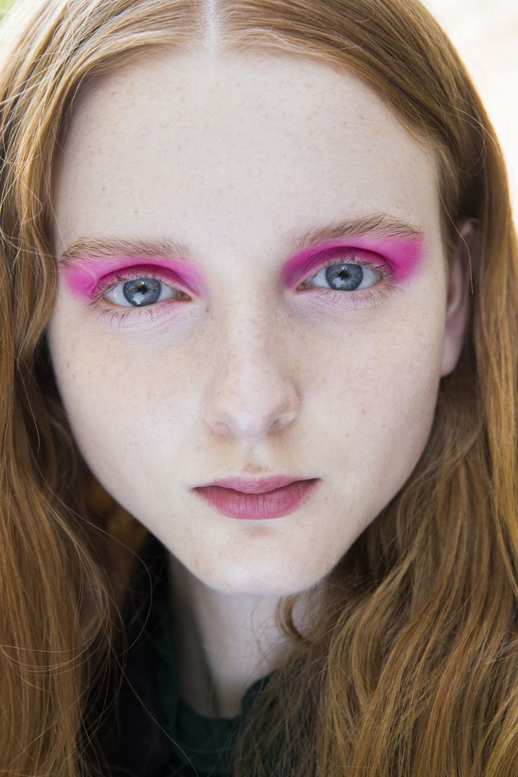 See beauty photos for Giamba Spring 2016 Ready-to-Wear collection.