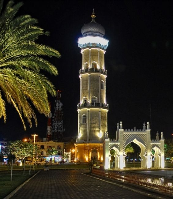 Banda Aceh by night