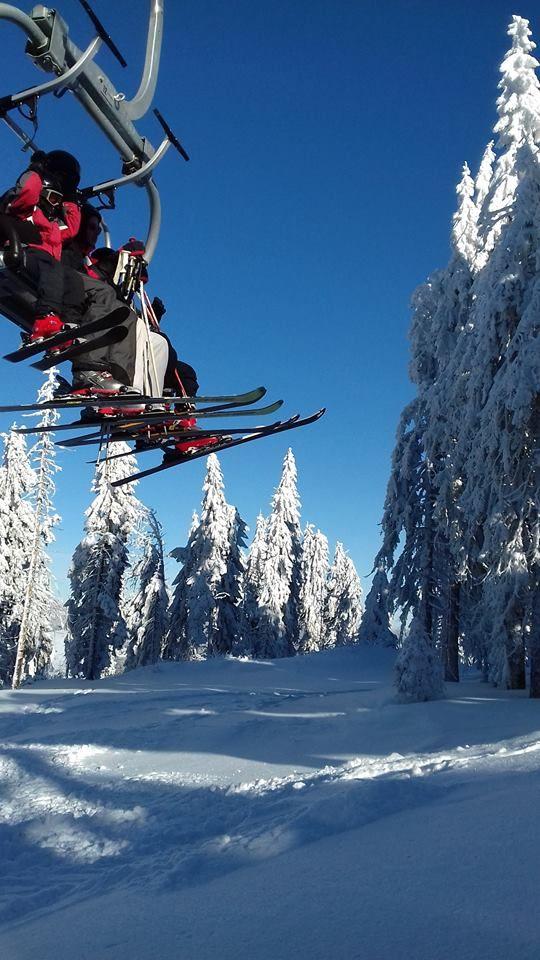 Chairlift. Arieseni. Piatra Graitoare. #chairlift #arieseni #romania #lotofsnow