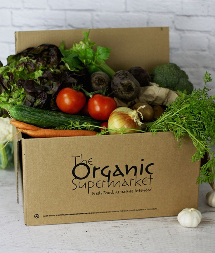 Medium Organic Veg Box, Freshly delivered, Same day delivery Dublin, nationwide next day delivery in Ireland. Certified Organic. www.organicsupermarket.ie