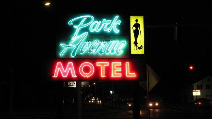 Mid Century Neon Sign Park Avenue Motel