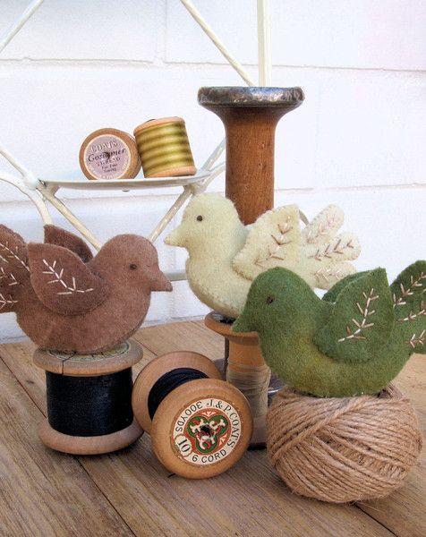 Felt bird decoration ( the stitching cow )