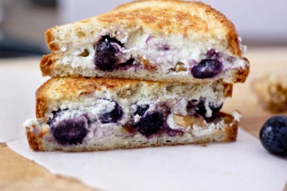 Grilled Goat Cheese Sandwich with Honey-Roasted Grapes and Walnuts, via Bake Your Day