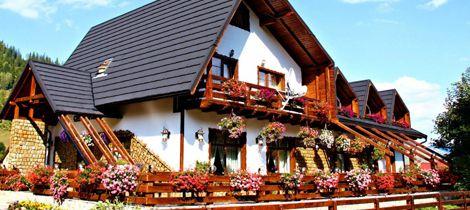 Casa Baciu: traditii, mancare excelenta si peisaje de vis in Fundu Moldovei, Obcinele Bucovinene | Locuri Faine