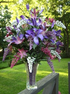 Purple Silk Flower Arrangement In Vase Would Also Look Pretty With Other Colors Arrangements Pinterest Flowers And