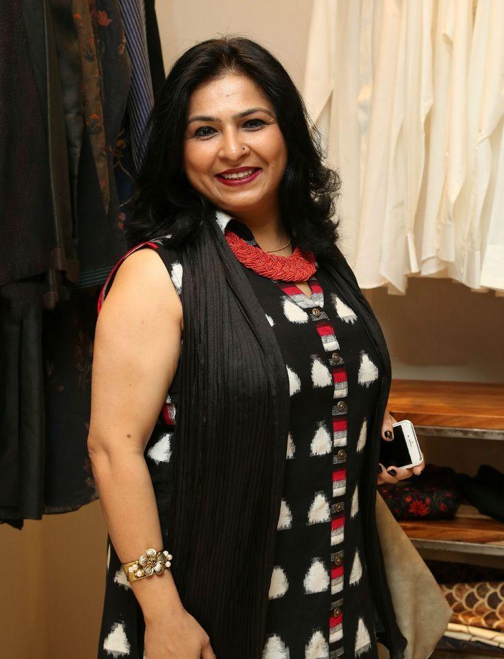 indianwomenseekingmale: 2012