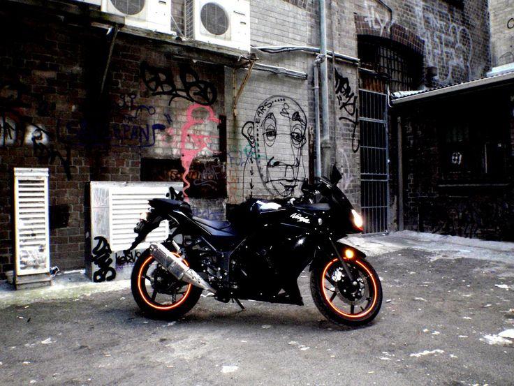 kawasaki-motorcycle-hd-wallpapers-beautiful-desktop-background-photographs-widescreen