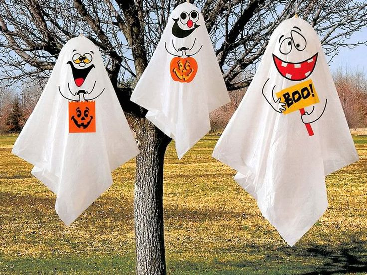 Decorating For Halloween Outside