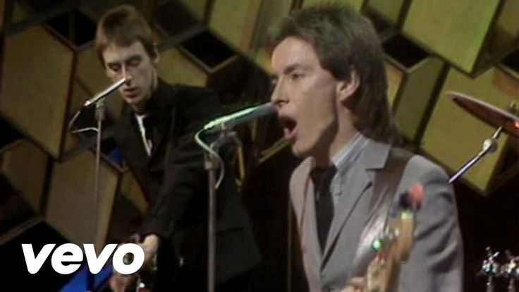 The Jam - Down In The Tube Station At Midnight -Original punk =angst-y listening enjoyment.
