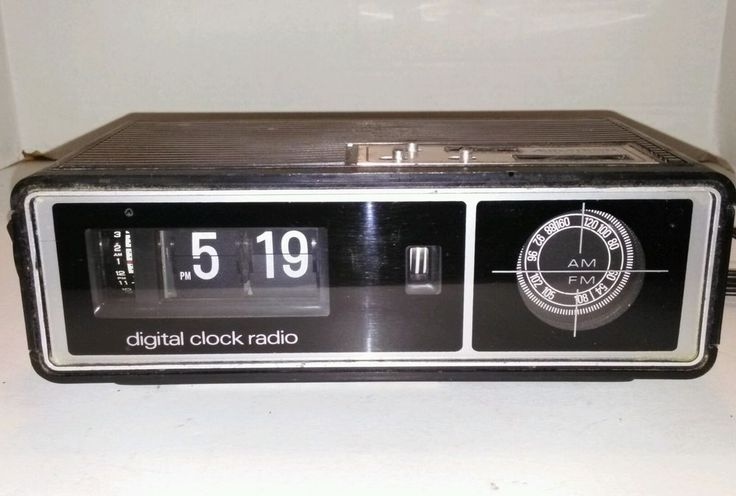 vintage flip alarm clock radio audatron 14f29c am fm 1970s retro works great for sale. Black Bedroom Furniture Sets. Home Design Ideas
