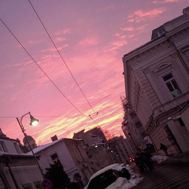 #sunset #yellow #pink #clouds #sky #bucharest