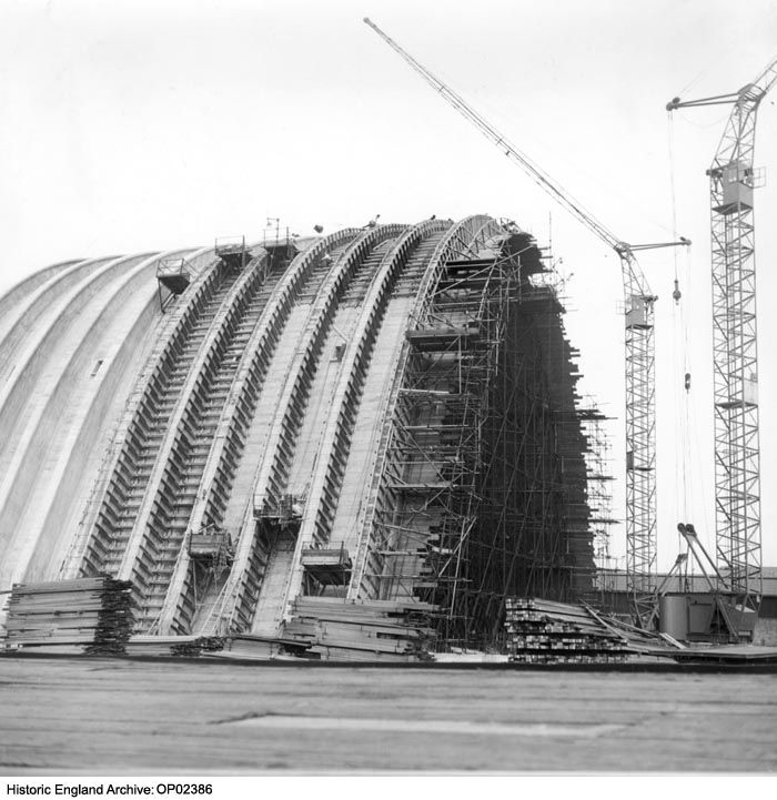 OP02386 The Tate & Lyle Sugar Silo under construction at Huskisson Dock, Liverpool. 1956 Please click for more information, or to search our collections.