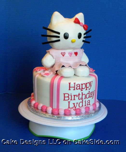 Hello Kitty Cake by Michelle's Cake Designs on www.cakeside.com!