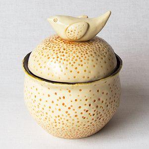 Originali keramikinė cukrinė. Su angele šaukšteliui. Dydis: 10,5*12 cm, talpa 260 ml.