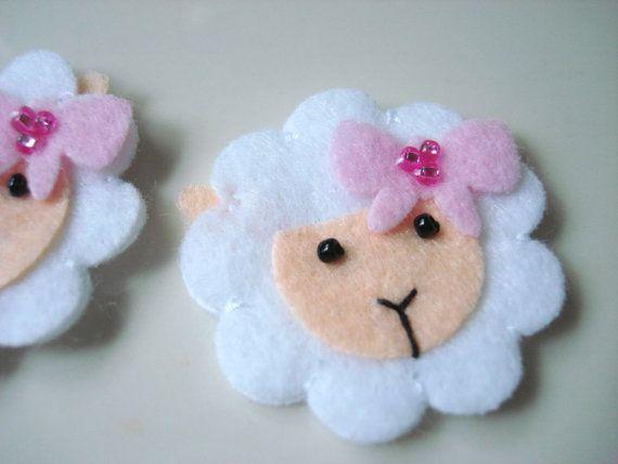 Juego de 6pcs hecho a mano fieltro oveja con lazo por CocoBella84