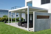 Algarve terrace cover -  A young and modern design ... you can place this covering wherever you like — on your terrace, next to your swimming pool or in your garden. Discover more: www.renson-outdoor.com