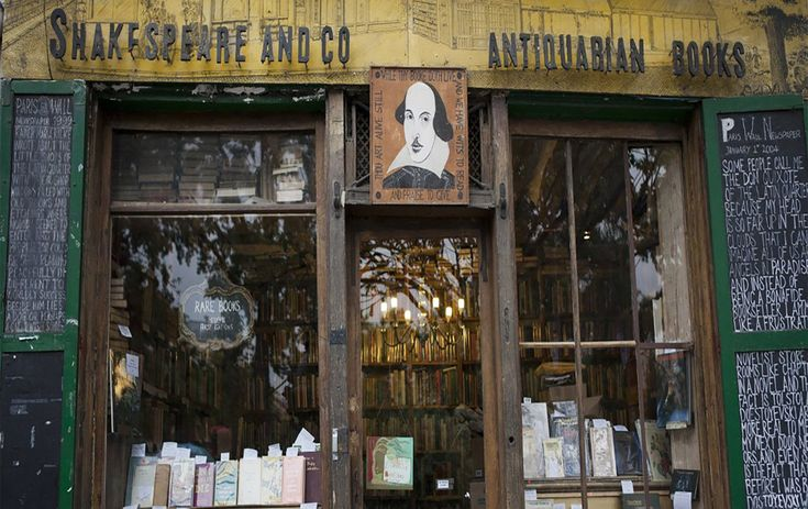 5 Bookstores Every Bibliophile Should Visit In Paris