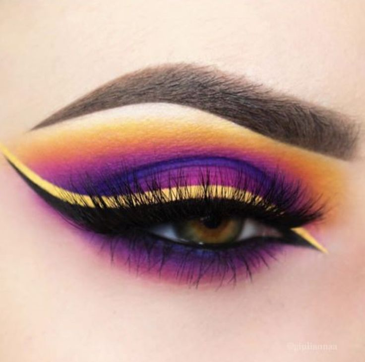 Colorful purple eyeshadow with black and yellow liner |♡pinterest: @edithh6606