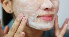Nettoyez votre visage et débarrassez-vous des cernes facilement grâce à ce seul ingrédient ! Le bicarbonate de soude pour éliminer les cernes.