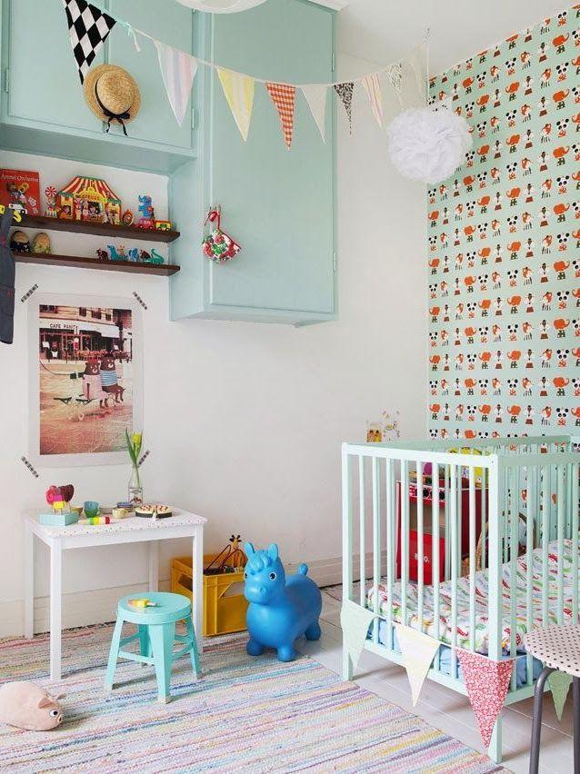 Una habitación para bebé en colores pasteles de estilo retro #habitacionesinfantiles