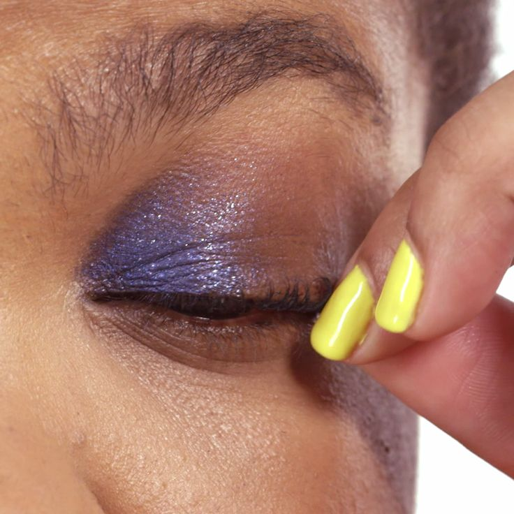 How to: Do a smoky eye for your inner lids