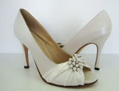 Style WS078 - Mallouk Shoes create custom, hand-made shoes and matching handbags.
