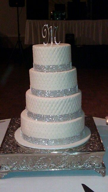 Blingy wedding cake- Yes to the quilted pattern, and yes to the bling!