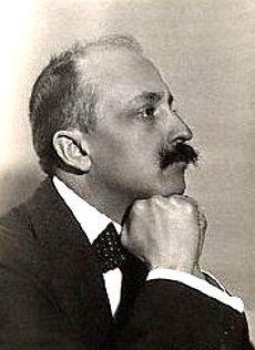 Marinetti- father of Futurismo