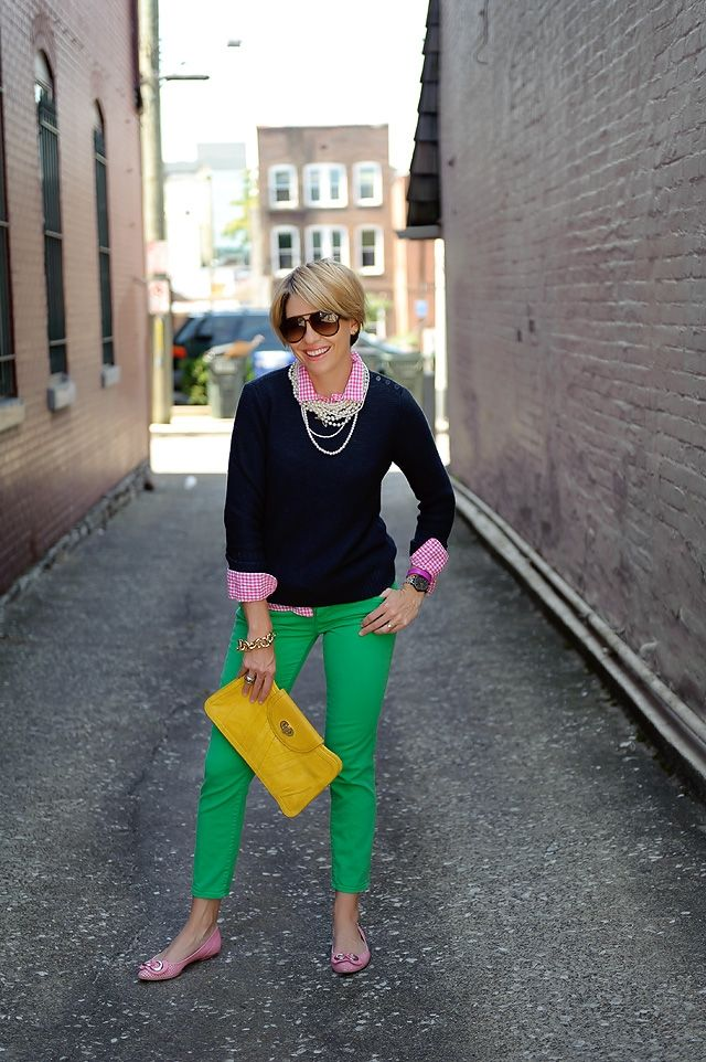p r e pGreen Jeans, Fashion, Skinny Jeans, Pink Gingham Shirt, Navy Sweaters, Seersucker Saddles, Clothing Inspiration, Pink Shirts, Kelly Green Pants Outfit