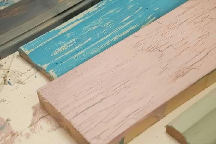Autentico Chalk paint, verkstad och butik, udda lantlig och industriell inredning i Vasastan Göteborg. Storgatan 41. Www.WackyGoose.se   Vintage interiör interior lantlig Webshop milkpaint diy   Www.Youtube.com/WackyGoose