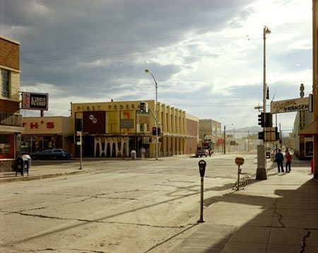 Stephen Shore, American (1947-present), deadpan images of banal scenes &  bjects in the United States, and for his pioneering use of color in art photography. Shore's work has been associated with late 70′s early 80′s societal shift to a more personal individual centric view of human experience. His eye became the means to reflect the cultural landscape.