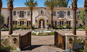 Motor courtyard with fountains exterior design ideas for Spanish style fountains for sale